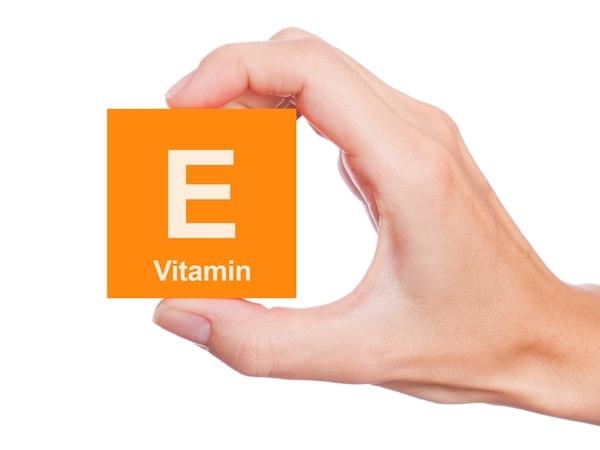 cac-tac-dung-phu-cua-vitamin-e-uong-vitamin-e-the-nao-la-dung-cach