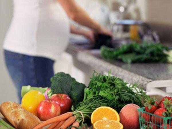 Các loại rau củ quả mẹ nên bổ sung khi mang thai 3 tháng đầu
