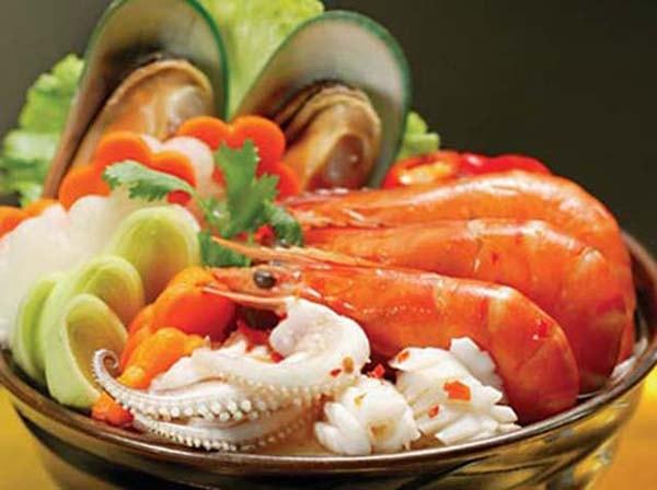 Thay đổi thực đơn hải sản thường xuyên