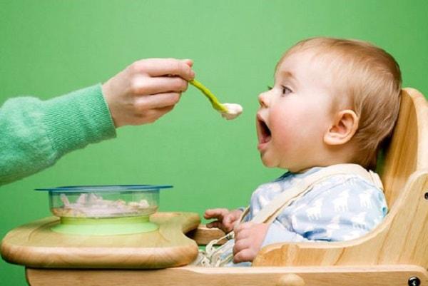 Lưu ý quan trọng khi chăm sóc trẻ bị tiêu chảy tại nhà 2