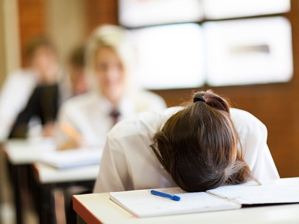 Căng thẳng mùa thi có thể gây ra nhiều căn bệnh tâm lý
