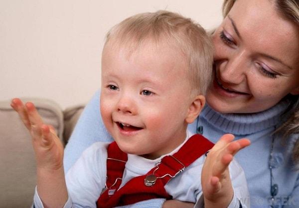 Trẻ phát triển mạnh về ngôn ngữ trong giai đoạn từ 1 – 3 tuổi