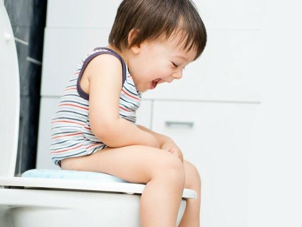 Mẹ cần làm gì khi bé bị rối loạn tiêu hóa?