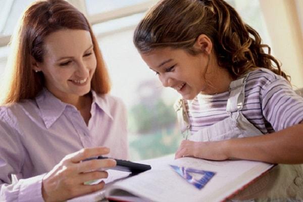 Gia sư có vai trò quan trọng trong việc khơi gợi sự yêu thích văn của trẻ
