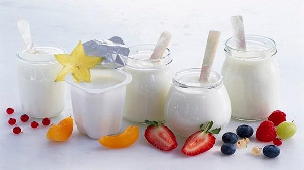 Sữa chua có chứa nhiều men, vi khuẩn tốt cho đường ruột nhất