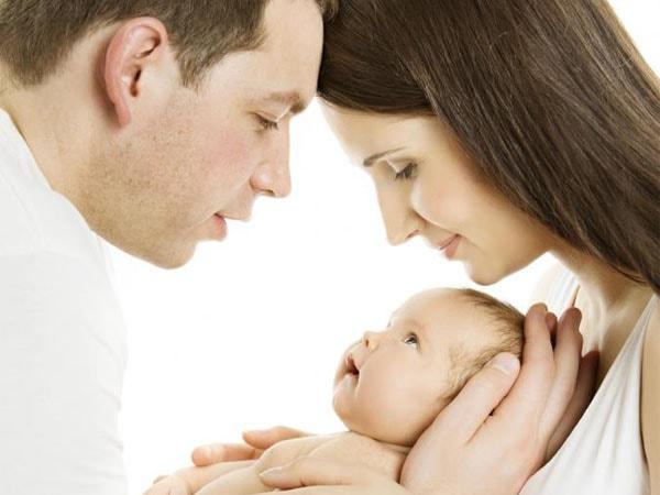 8 Bí quyết vàng dành cho những ông bố bà mẹ mong con gái