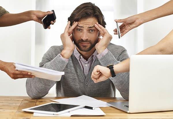 Căng thẳng kéo dài có thể gây ra táo bón