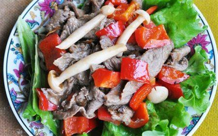 Thịt bò xào nấm