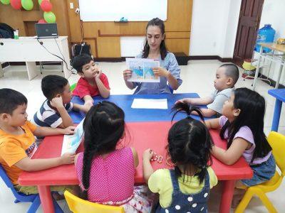Để con học tốt tiếng Anh cần sự kết hợp giữa nhiều phương pháp học