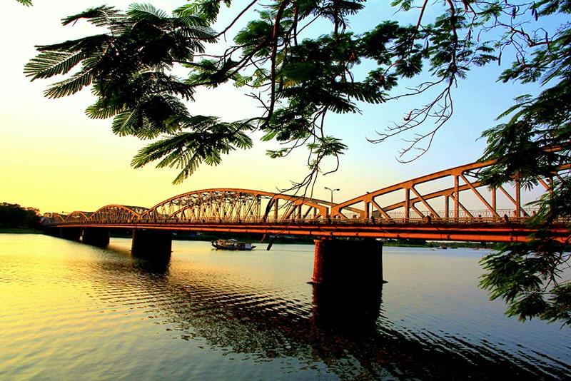 Tour Huế 4 ngày 3 đêm kết hợp khám phá Đà Nẵng