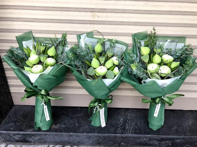 Tặng hoa sen cho mẹ ngày sinh nhật