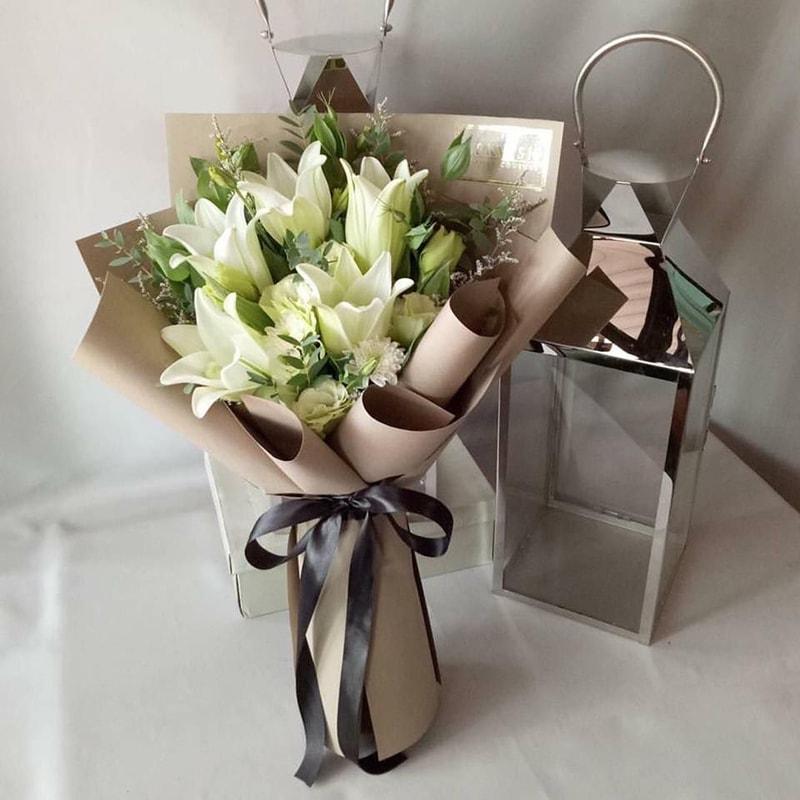 Tặng hoa ly cho mẹ ngày sinh nhật